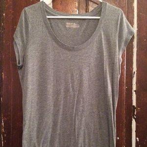 Grey mossimo round neck T-shirt